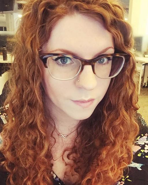 Trend: Cateye Brille mit Farbverlauf