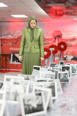 Maryam Rajavi Visiting the exhibition on Syrian people's resistance  (9)