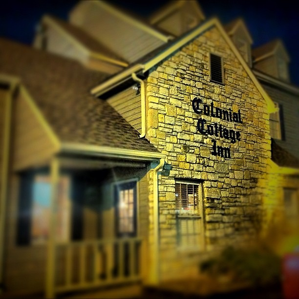 Colonial Cottage Inn