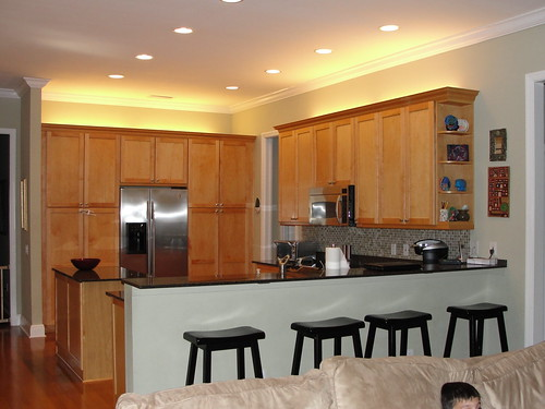 Anyone have pics of 10ft ceiling with 42in upper cabinets for 10 foot ceilings kitchen cabinets