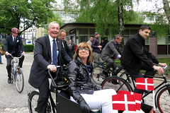 Zagreb Cycle Chic Danish Ambassador and Annie