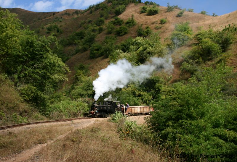 http://farm8.staticflickr.com/7250/7434449940_b3822fb695_b.jpg