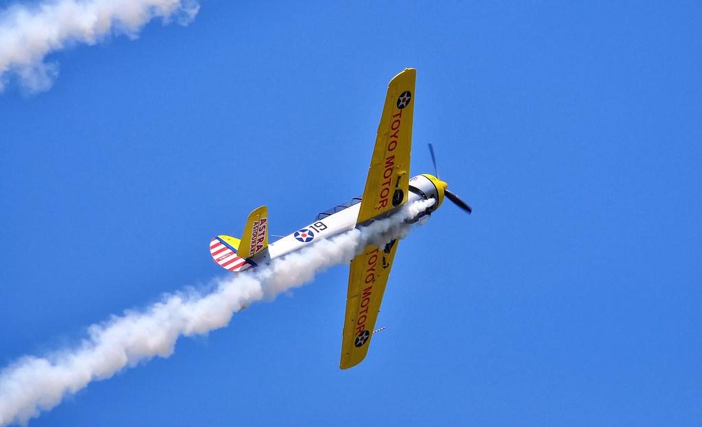 AeroNautic Show Surduc 2012 - Poze 7502227288_56f4ae0104_b