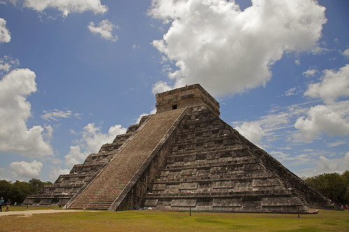 Kukulcan Pyramid (Chichén Itzá - Mexico) - Jorge Sanmartín Maïssa