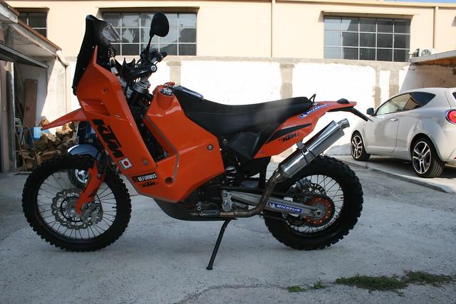 Sei un Alfa-biker ???  Presentati qui !!! 7650785988_e97ca83f69_z