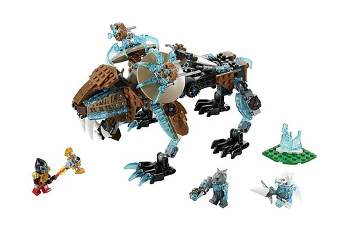 70143 Sir Fangar's Sabre-tooth Walker