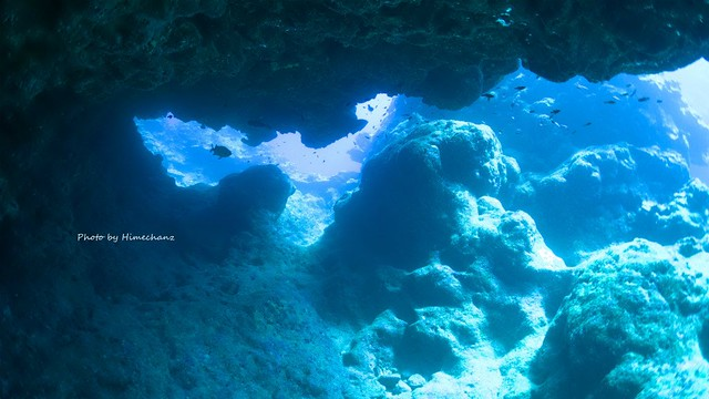 洞窟探検もしました♪