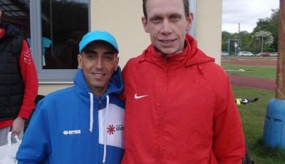 Kučeru zaskočil na půlmaratonu v Kolíně Maročan Abdelkabir