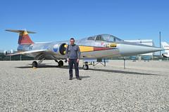 HawkeyeUK & Lockheed F-104N Starfighter '812' (N812NA)