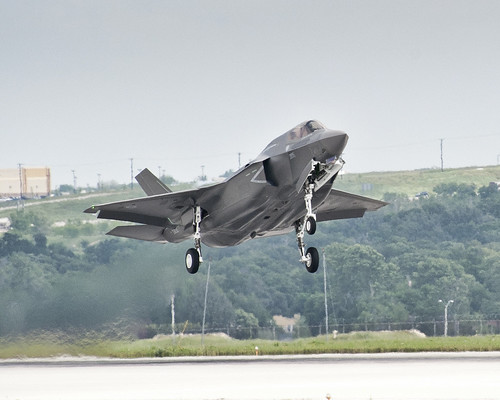 7083875559 454666e1a6 The First UK F35 in Flight