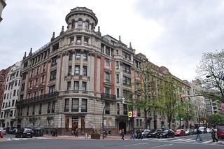 http://hojeconhecemos.blogspot.com.es/2012/09/shop-gran-via-bilbao-espanha.html