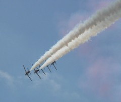Red Arrows performing 9