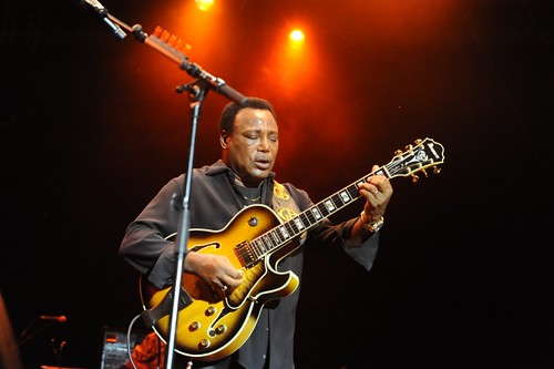 George Benson @les Nuits d'Istres By McYavell - 120709 (14)