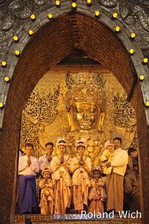 Mandalay - Mahamuni Image