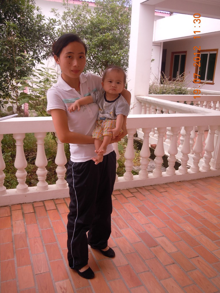 Gan An Na with her caregiver-2