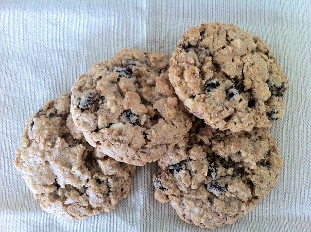 Oatmeal Raisin Chocolate Chunk Cookies for Sandwiches
