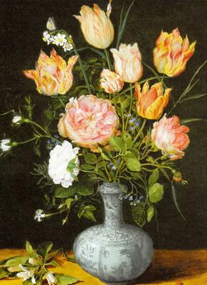 万暦染付の花瓶に生けた花