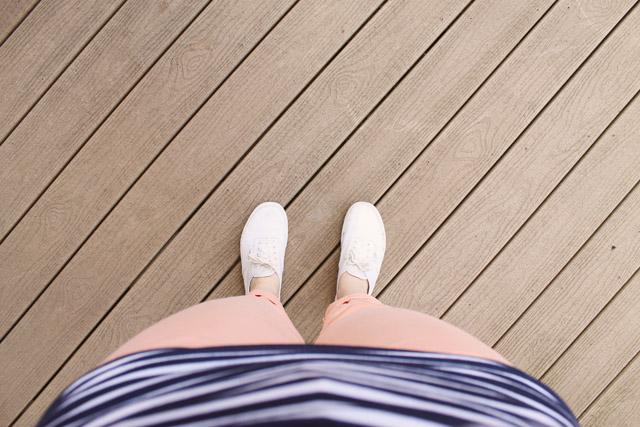 stripes_coral_vans_4