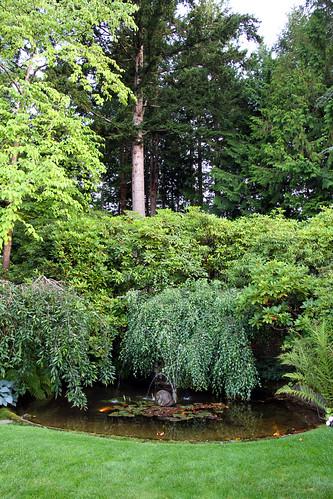 Butchart Gardens - Snail Fountain