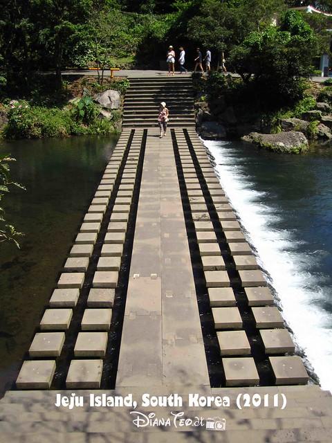 Cheonjiyeon Falls 05