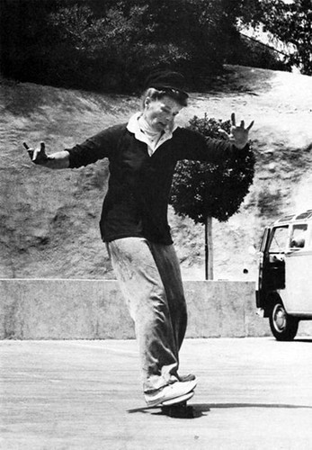 katherine-hepburn-skateboarding