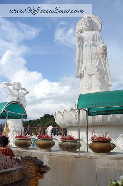 songkhla thailand - hat yai - kuan yin statue-003