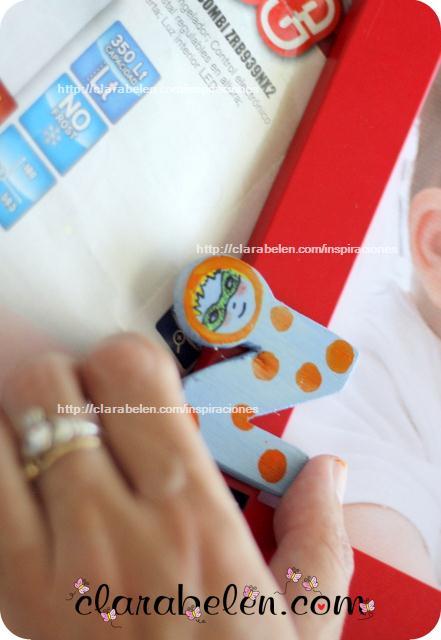 Marco de fotos de cumpleaños o bautizo para bebé personalizado con un peluche