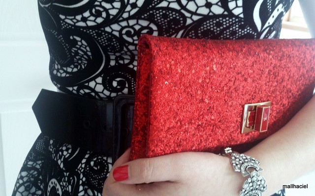 Anya Hindmarch Valorie clutch - red glitter