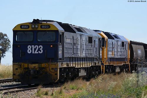 8123 and 8151 at Wirrinya