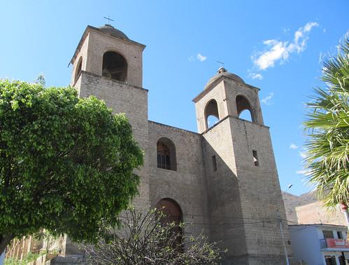 Caraz et son église