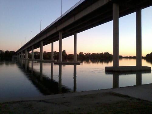Bs.As e Río Negro separati dal ponte.