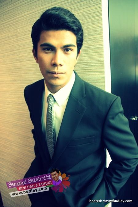 Azrel Ismail