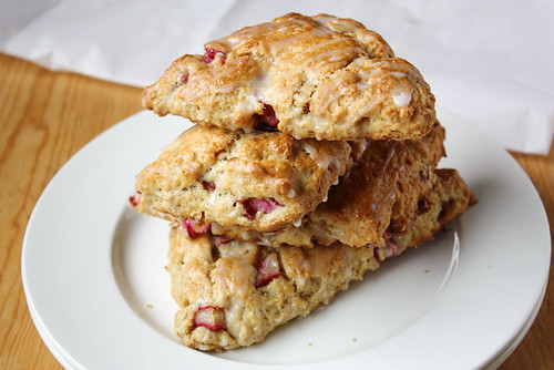 stack o' scones.