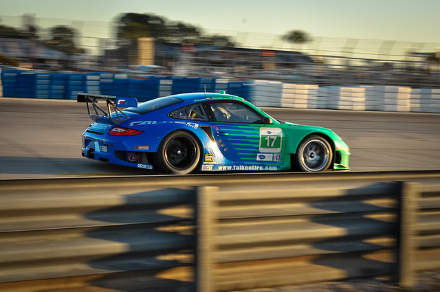 #17 Falken Tire Porsche GT3 RSR