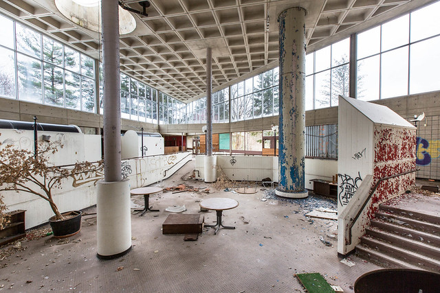 Hudson River State Hospital - Poughkeepsie, NY - 2012, Mar - 03.jpg