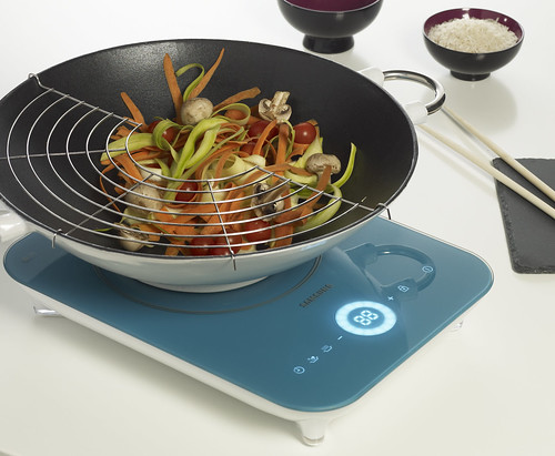 SAMSUNG COOK IDOL_bleue_en situation