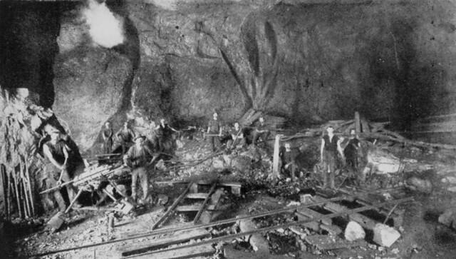 Mount Morgan Gold Mine, ca. 1910