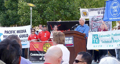 6-Larry_Cohen_at_Jobs_Rally