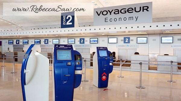 Paris Charles de Gaulle Airport - rebeccasaw (26)