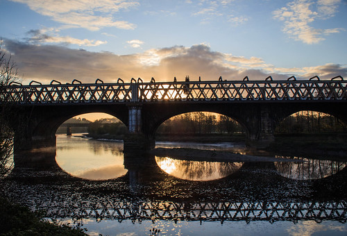 bridge reflection sunrise river preston ribble avenhampark riverribble prestonguild kevincjpoole