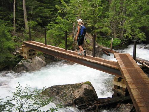 creek hike valhalla kootenay slocan