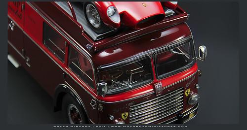 Fiat 1957 Bartoletti 642 RN 2 Scuderia Ferrari Transporter