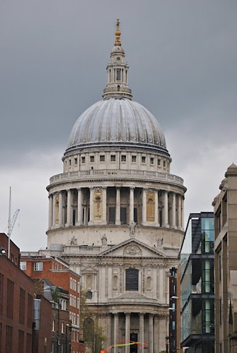 Dome of St. Pauls.  Some rights reserved by Loco Steve on Flickr.  Used through Creative Commons.