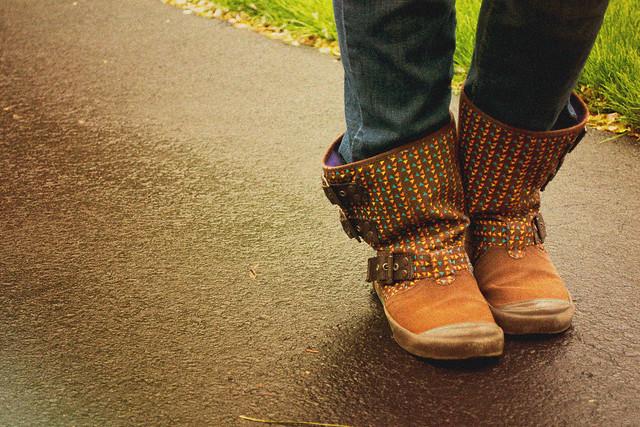 boots grainy