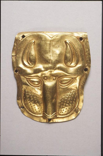 Gold Scythian Panther Head, 400 BCE