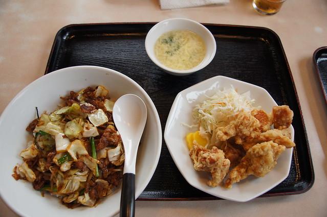 ホイコーロー丼+からあげ定食