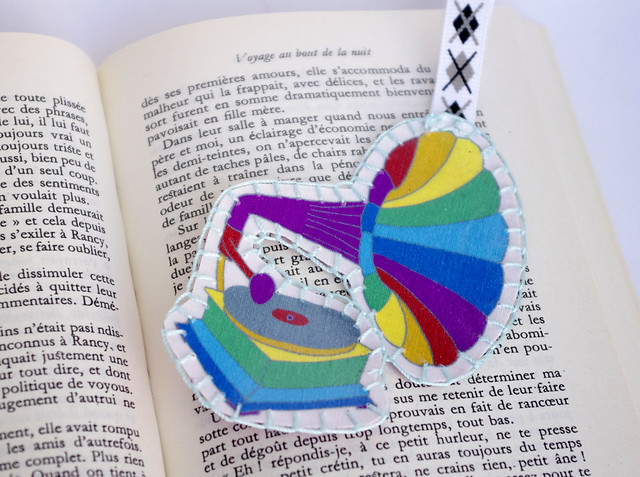 Phonograph rainbow bookmark