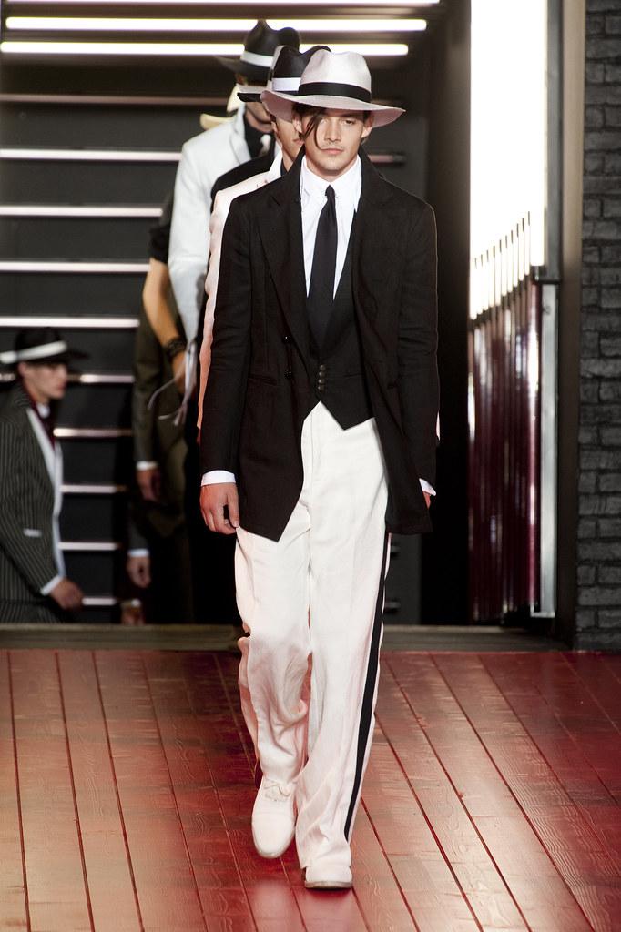 Rob Moore3376_SS13 Milan John Varvatos(fashionising.com)