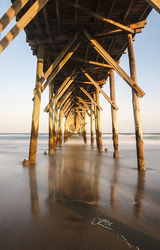 ocean longexposure sunset usa pier unitedstatesofamerica northcarolina motionblur atlanticocean northtopsailbeach onslowcounty