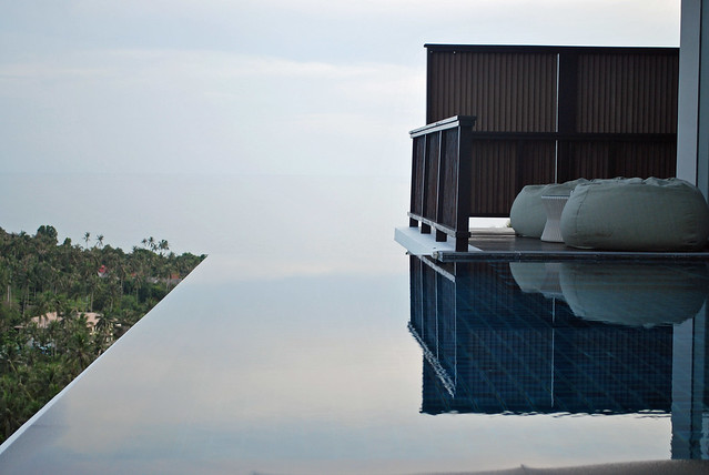 definition of an infinity pool flickr photo sharing. Black Bedroom Furniture Sets. Home Design Ideas